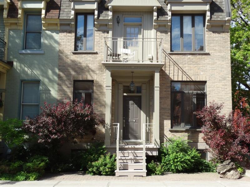 130 Lewis Avenue